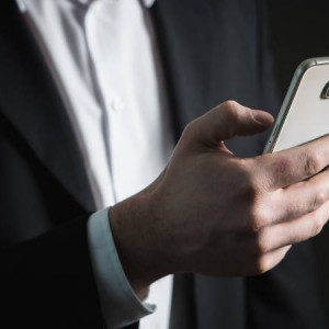 Can an Employer Search an Employee's Mobile Phone to Protect Confidential Information?